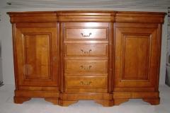 106 Komoda 2 drzwiowa 7 szufladowa z wypustem